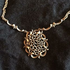Beautiful Silver Toned Necklace